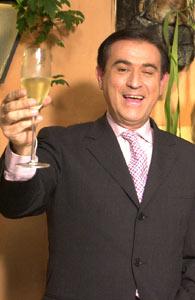 """""""Um brinde!! Eu também leio o estranhanet"""""""